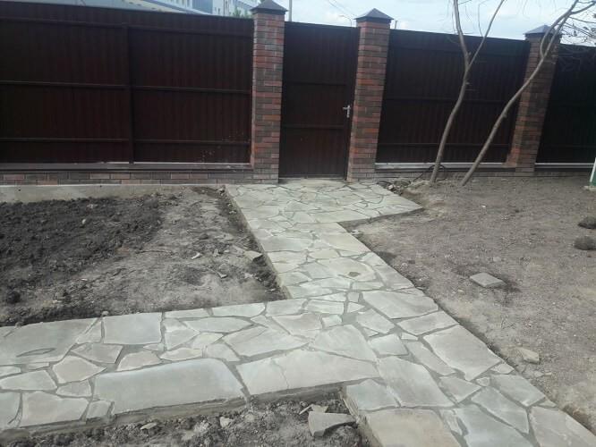 Устройство садовой дорожки из плитняка, Южное Бутово
