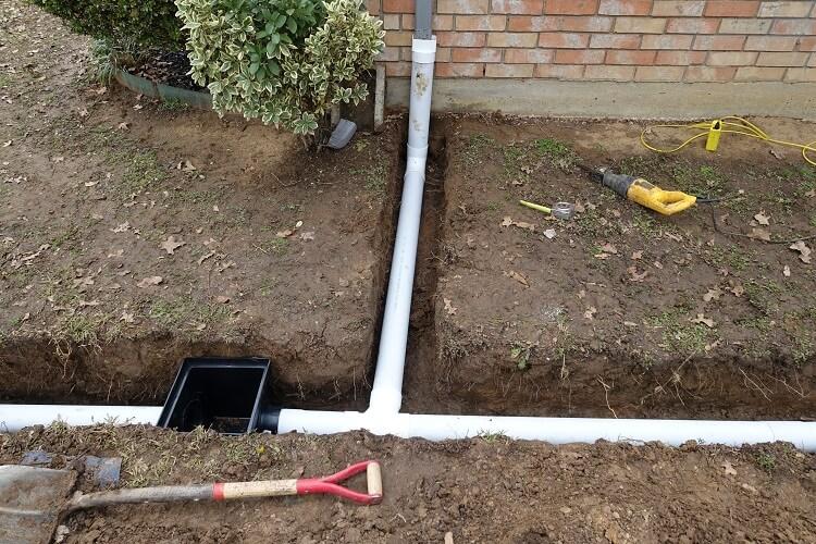Цены на устройство ливневой канализации