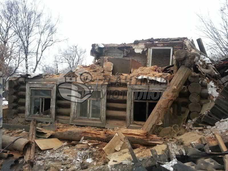 Демонтаж деревянного дома из бруса